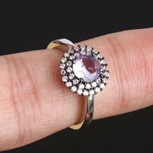 Cut little Amethyst & topaz princess ring sz6